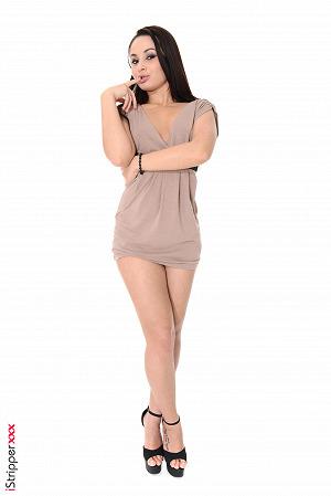 Brunette Girl Aurelly Rebel Nude Images #8