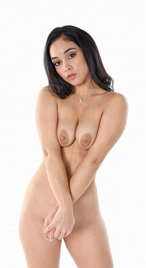 Ginebra Bellucci With No Clothes